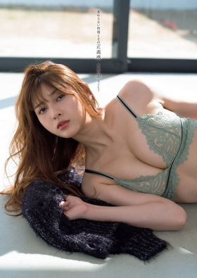 Angela Mei swimsuit bikini gravure 23 year old girl fascinated transformation into an adult 2021005