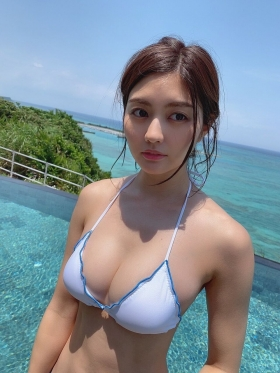 Yume Hayashi swimsuit bikini gravure Amazing proportions are the ideal type for girls 2021016