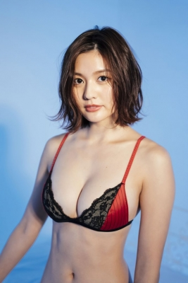 Yume Hayashi swimsuit bikini gravure Amazing proportions are the ideal type for girls 2021041