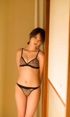 Hika Shintani Swimsuit Bikini Gravure Cute Genius 2021010