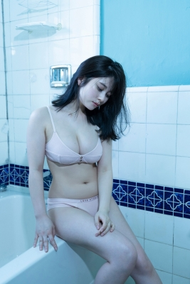 Sakurako Okubo Swimsuit Bikini White Skin and Firm Body Vol3 2020017