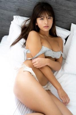 Kanna Tokue swimsuit bikini gravure Attraction with innocent sex appeal 2021013