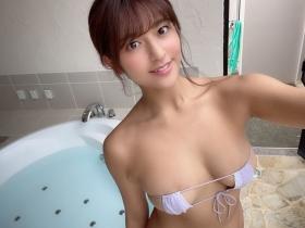 Kanna Tokue swimsuit bikini gravure Attraction with innocent sex appeal 2021039