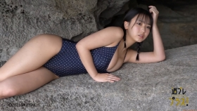 Aika Sawaguchi Swimsuit bikini gravure High school graduation this spring 2021009