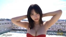 Aika Sawaguchi Swimsuit bikini gravure High school graduation this spring 2021051
