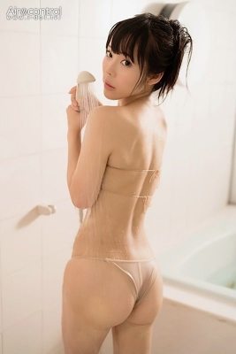 A beautiful girl with black hair and white COLORz swimsuit bikini gravure, full-throttle gravure debut008