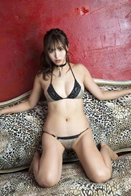 Iroha Yanagi swimsuit bikini gravureHow to make your own bikini043