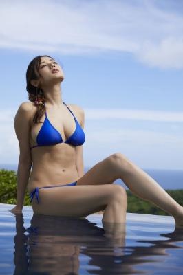 Moemi Katayama swimsuit bikini gravure in blue bikini004