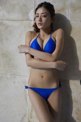 Moemi Katayama swimsuit bikini gravure in blue bikini014