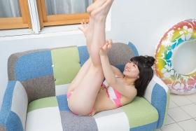 Risa Sawamura swimsuit gravure Pink and white bikini014