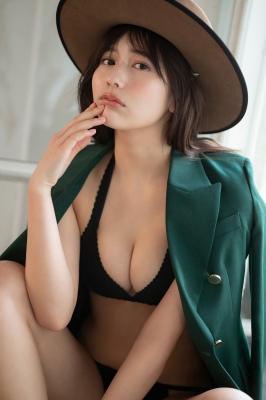 Haruka Arai Black Swimsuit Bikini Stylish and Cute 2021002
