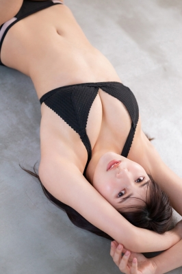 Haruka Arai Black Swimsuit Bikini Stylish and Cute 2021009