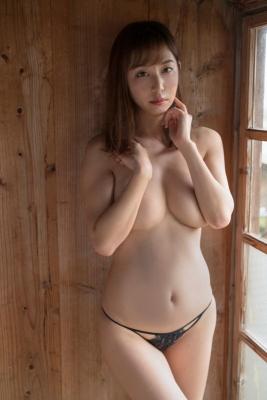 Misumi Shiochi Swimsuit Bikini Gravure I want to drown in the ultimate healing body 2021013