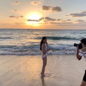 Yukari Oshima swimsuit bikini gravureI couldnt imagine her as a station announcer020