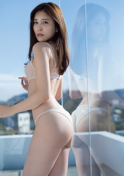 Kaho Momoi Swimsuit Bikini Gravure After Breakfast 2021004