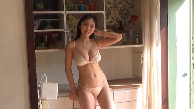 Aika Sawaguchi Swimsuit Bikini Gravure Last JK just before high school graduation 2021033