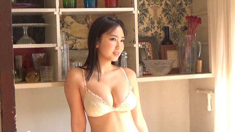 Aika Sawaguchi Swimsuit Bikini Gravure Last JK just before high school graduation 2021034