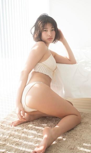 Risa Aramaki swimsuit bikini gravure Too bruising 19 years old007