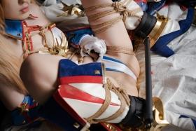 Bikini Armor Bradamante: The Holy Knight Will Not Be Defeated Vol02055