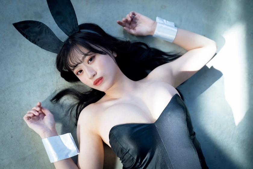 Rei Kaminishi swimsuit bikini gravure First experience adult bunny 2021009