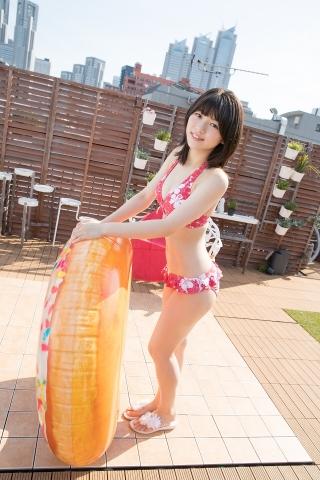 Risa Sawamura Floral Frilled Bikini025