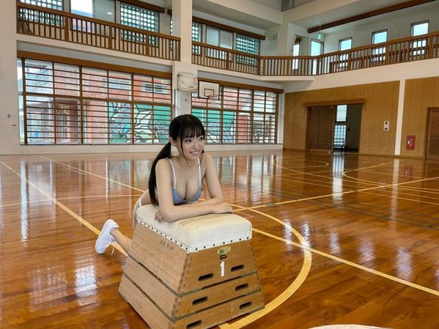 Aine Sakurada swimsuit bikini gravure Beautiful body boasting Gcup breasts 2021032