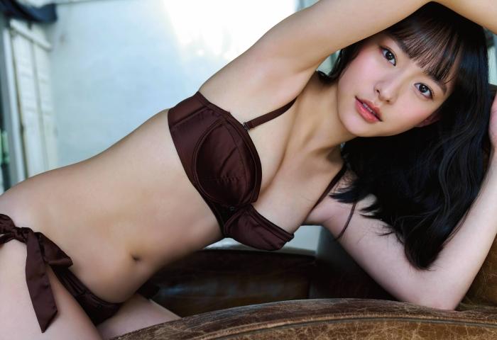Kanami Takasaki swimsuit bikini gravure 100 sunny forecast 2021005