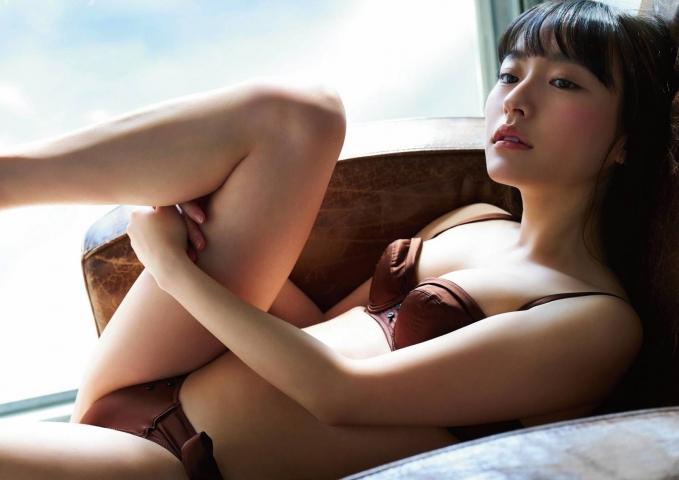 Kanami Takasaki swimsuit bikini gravure 100 sunny forecast 2021011