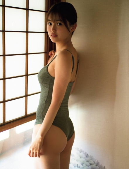 Nanami Mori swimsuit bikini gravure Hot spring trip for two celebrating 20 years old007