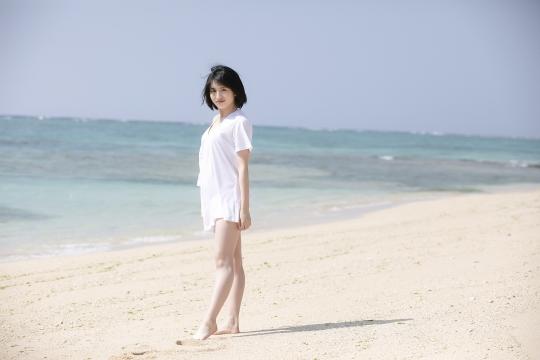 Jyuzu Asakura 18 years old White swimsuit bikini Tsubaki Factory in Okinawa001