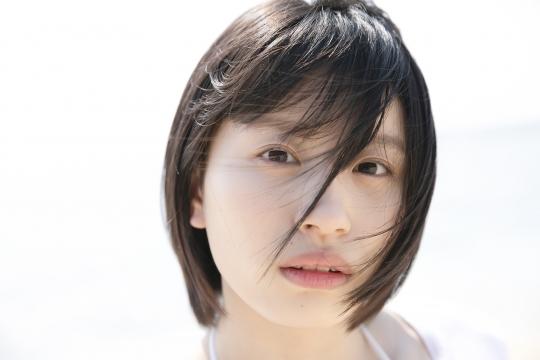 Jyuzu Asakura 18 years old White swimsuit bikini Tsubaki Factory in Okinawa006