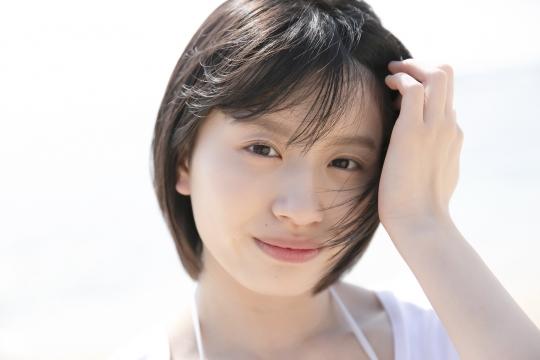 Jyuzu Asakura 18 years old White swimsuit bikini Tsubaki Factory in Okinawa007