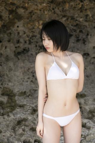 Jyuzu Asakura 18 years old White swimsuit bikini Tsubaki Factory in Okinawa016