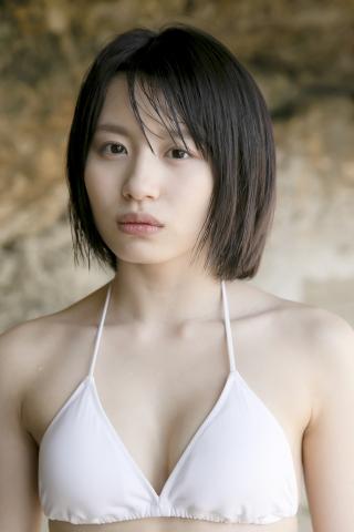 Jyuzu Asakura 18 years old White swimsuit bikini Tsubaki Factory in Okinawa018