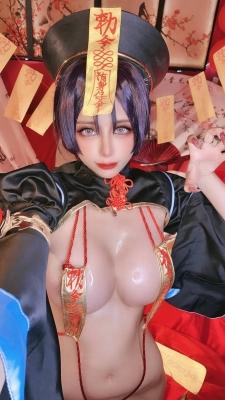 extreme exposure cosplay jiangsheng corpse princess vs berserker Fate Fate Valkyria tachi no ring dance026