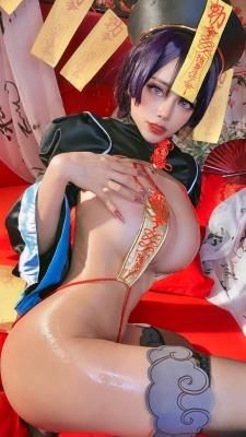 extreme exposure cosplay jiangsheng corpse princess vs berserker Fate Fate Valkyria tachi no ring dance035