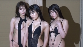 Ummi Shinonome Shiro Seyama ChitoseYoshinoswimsuit bikini gravure A dreamperformance by three of the hottest bigbreasted grads052