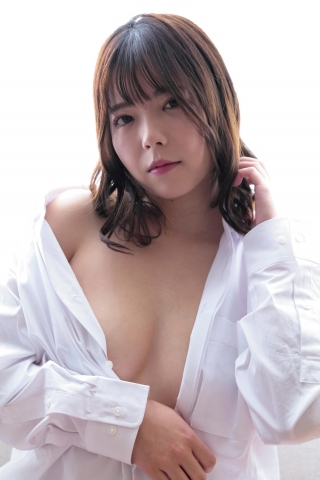 Why did Riho Horie a full-time DMM employee suddenly go nude008