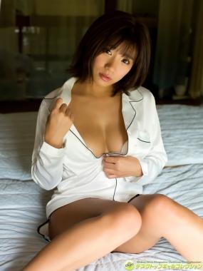 Aya Hazuki swimsuit bikini gravure I want to look closely at the fluffy Gtits011