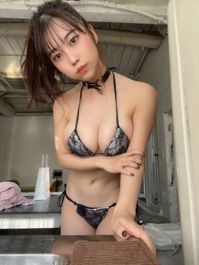 Iori Io swimsuit bikini gravure Beautiful white J cup010