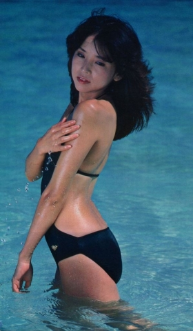 Naomi Kawashima swimsuit bikini gravure Idol birth007