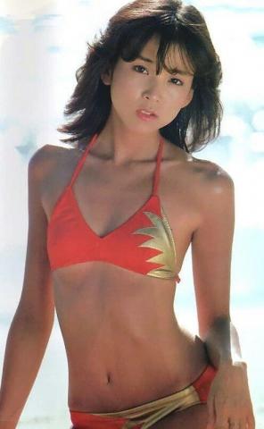Naomi Kawashima swimsuit bikini gravure Idol birth012