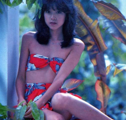 Naomi Kawashima swimsuit bikini gravure Idol birth014