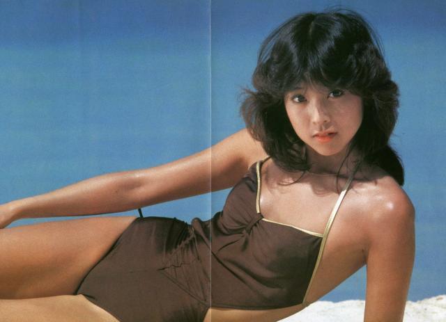 Naomi Kawashima swimsuit bikini gravure Idol birth019