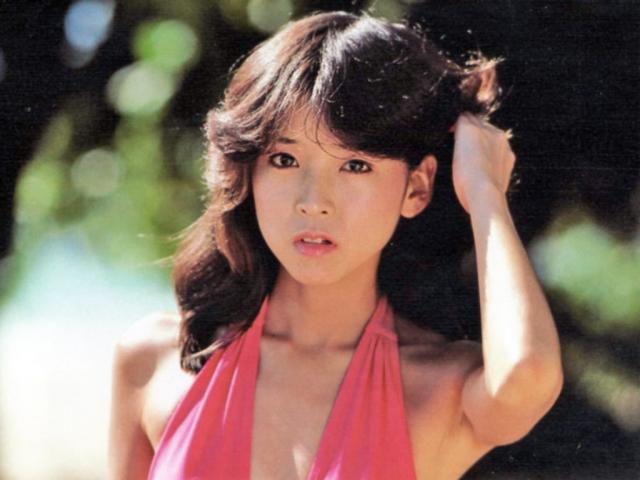Naomi Kawashima swimsuit bikini gravure Idol birth027