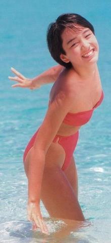 Hikaru Nishida swimsuit bikini gravure 1988 debut002