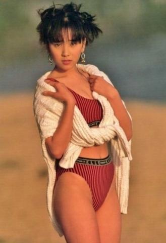 Hikaru Nishida swimsuit bikini gravure 1988 debut006
