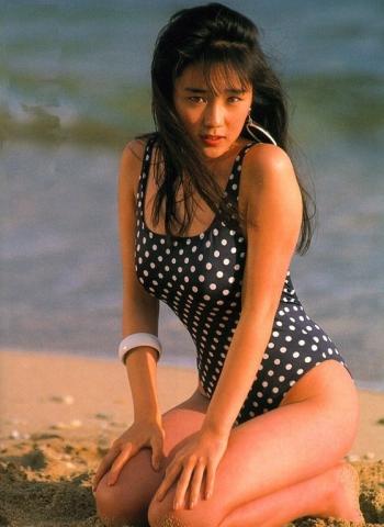 Hikaru Nishida swimsuit bikini gravure 1988 debut007