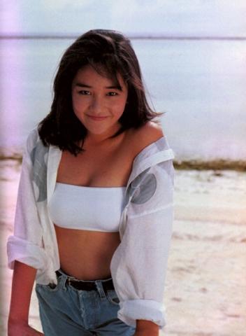 Hikaru Nishida swimsuit bikini gravure 1988 debut011