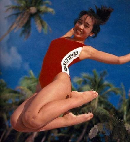 Hikaru Nishida swimsuit bikini gravure 1988 debut022